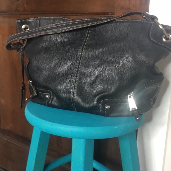 Tignanello Handbags - Tignanello shoulder leather bag